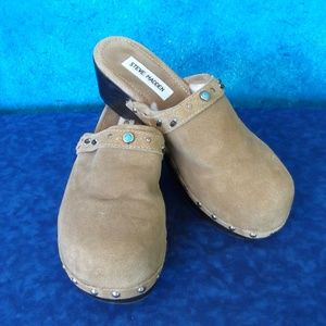 Steve Madden Indy Suede Clogs Size 8